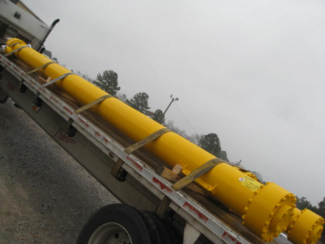 Large Bore Hydraulic Cylinders - Big Bore Telescopic